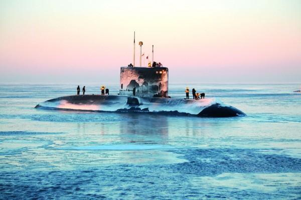 Индийская подлодка не замерзла в Белом море