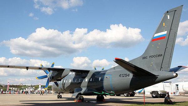 транспортный самолет Ан-140