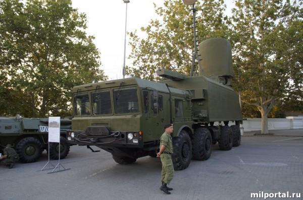 Самоходный командный пункт управления связи комплекса «БАЛ»