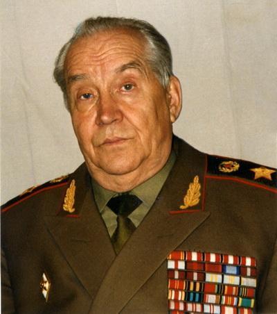 Президент Академии военных наук Российской Федерации генерал армии Махмут ГАРЕЕВ