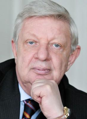 Усвяцов Борис Михайлович, кандидат военных наук, профессор, руководитель Экспертного совета Комитета по обороне Государственной думы РФ.