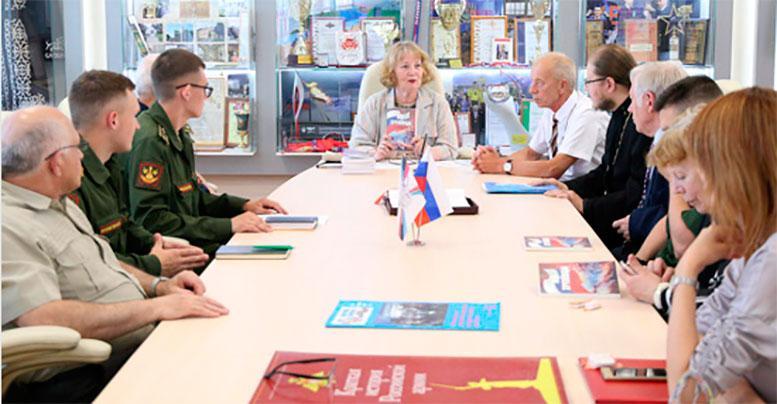 Презентация первого литературно-художественного альманаха «Мы - хрулёвцы» прошла в Военной академии МТО