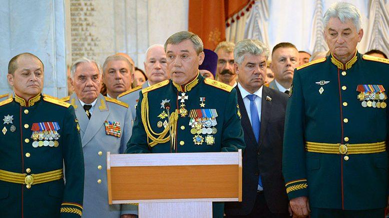 Начальник Генштаба генерал армии Валерий Герасимов поздравил выпускников ВАГШ