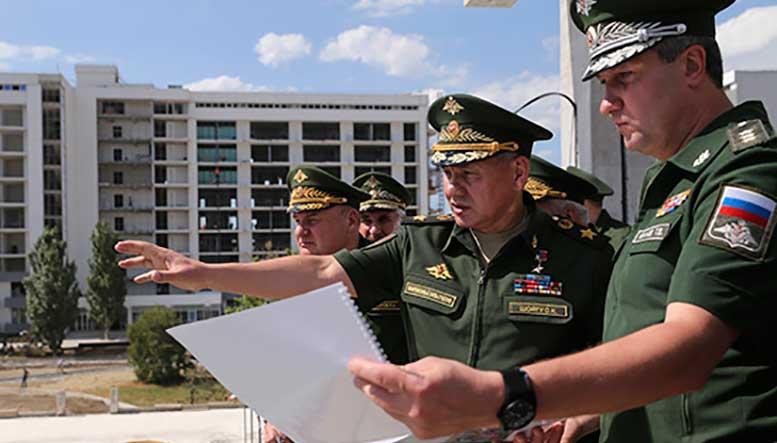 Министр обороны инспектирует в Анапе ход строительства технополиса «Эра»