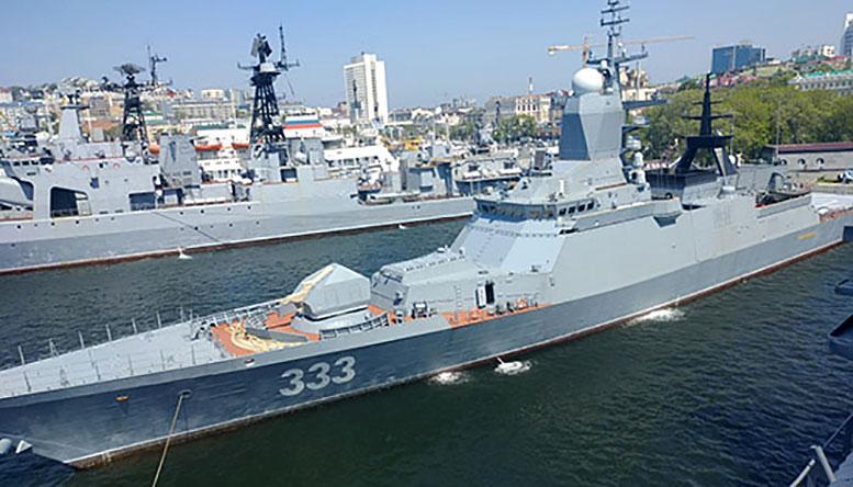 Корвет Тихоокеанского флота «Совершенный» отрабатывает действия одиночного корабля в море