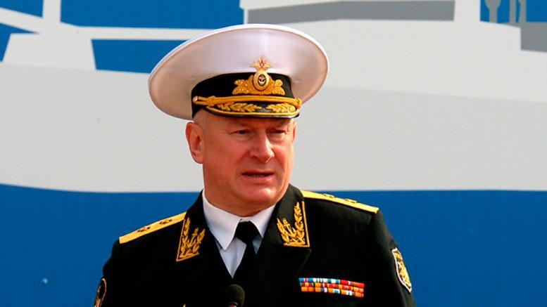 На вопросы «Красной звезды» ответил командующий Северным флотом адмирал Николай Евменов