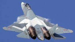 Первый серийный истребитель пятого поколения Су-57 поступит в войска 2019 году