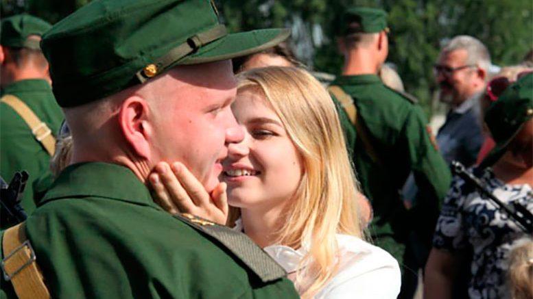 Более 100 военнослужащих в Кемеровской области приняли военную присягу