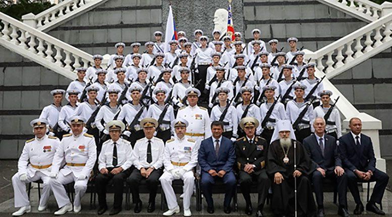 250 курсантов Тихоокеанского ВВМУ имени адмирала С.О.Макарова торжественно приняли присягу во Владивостоке
