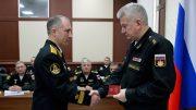 Командующий Северным флотом представил нового командующего подводными силами