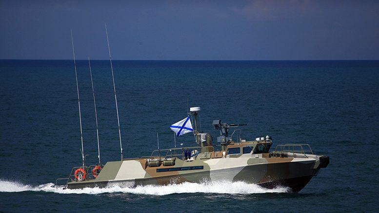 В Крымской военно-морской базе прошло плановое учение по противодействию подводным диверсантам