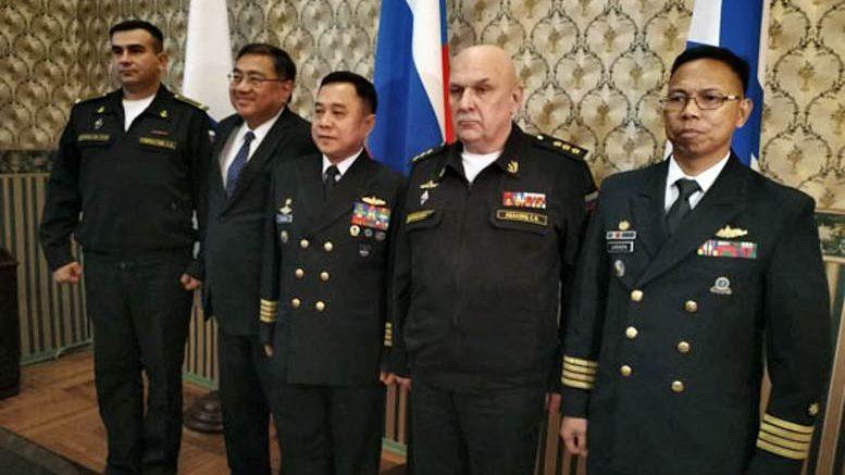 Командующий Тихоокеанским флотом провёл во Владивостоке встречу с офицерами Военно-морских сил Филиппин
