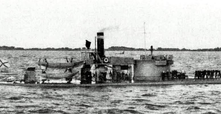 Российская броненосная башенная лодка (монитор) «Стрелец»