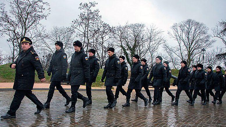 Новобранцев из Севастополя впервые отправили служить с Мемориального комплекса «Малахов курган»