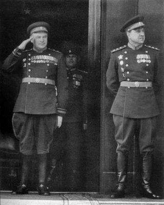 В.С. Абакумов (справа) и Н.Н. Селивановский, 1945 г.
