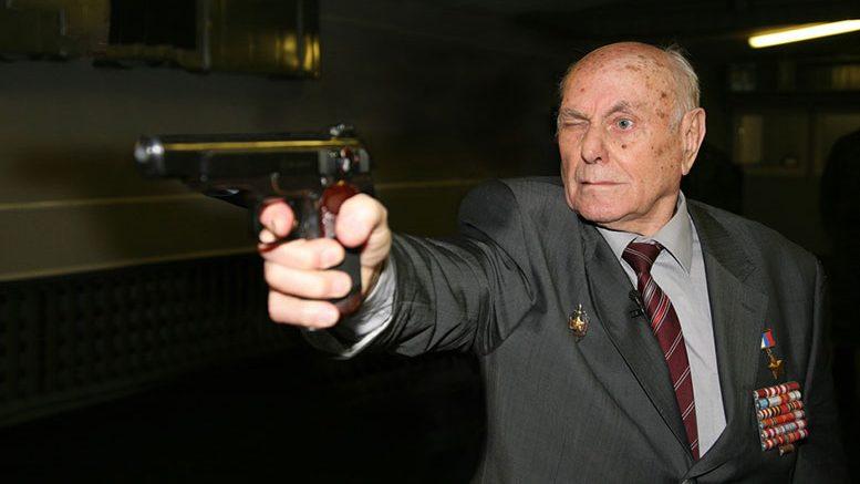 Алексей Николаевич БОТЯН всю жизнь славился меткой стрельбой.