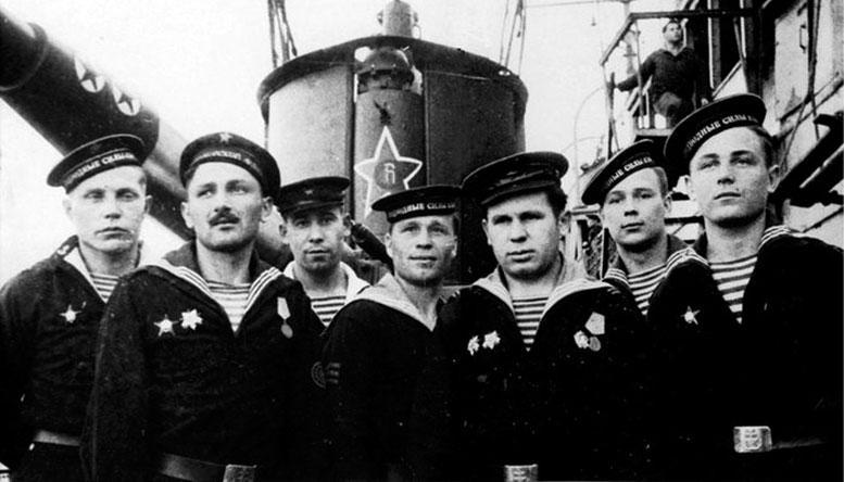 Экипаж легендарной субмарины «С-13».