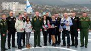 Награждённые журналисты с командованием Южного военного округа и Черноморского флота. Фото автора.