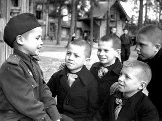 Их детство опалила война