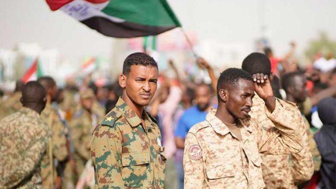 Переходный военный совет в Судане призвал все политические силы к широкому диалогу.