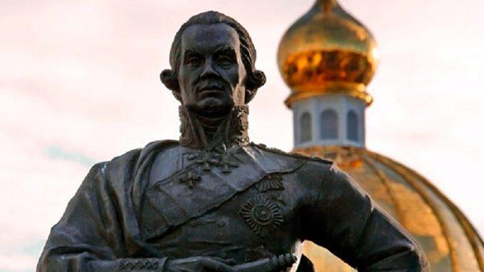 Памятник адмиралу Фёдору Ушакову (Саранск)
