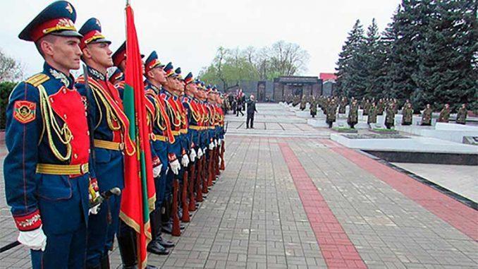 Российские военнослужащие в Приднестровье приняли участие в мероприятиях, посвященных 75-летию освобождению Тирасполя