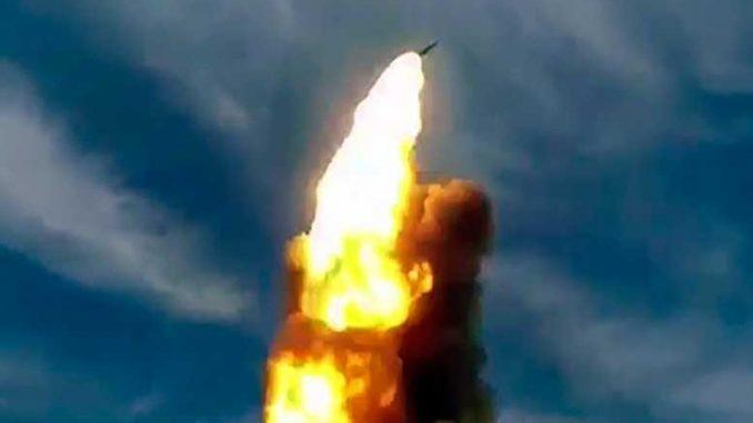 Воздушно-космические силы выполнили пуск новой противоракеты системы ПРО