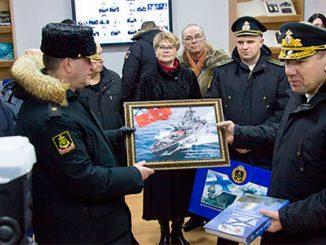 Командующий Северным флотом открыл Музей связи