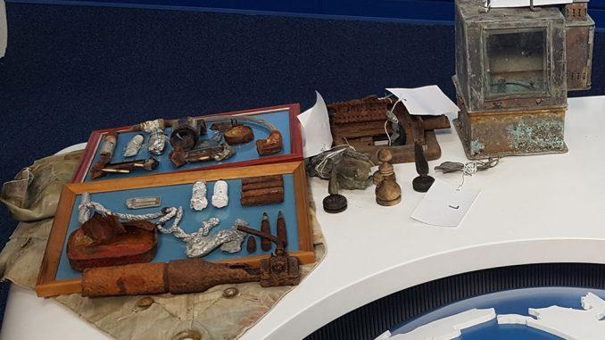 Северный флот передал национальному парку «Русская Арктика» артефакты, найденные на арктических островах