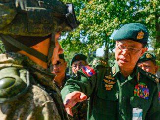 Посещение военной делегацией Мьянмы Кантемировской танковой дивизии ЗВО в Подмосковье