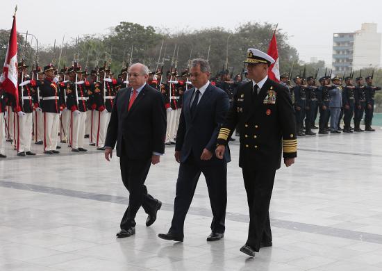 Министр обороны России генерал армии Сергей Шойгу провел в Лиме переговоры с высшим руководством Перу